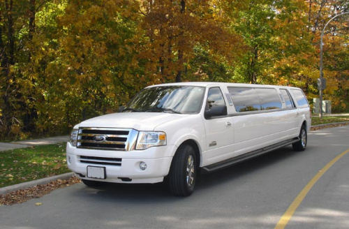 Expedition Excursion Navigator for rent in Limo Service Calgary